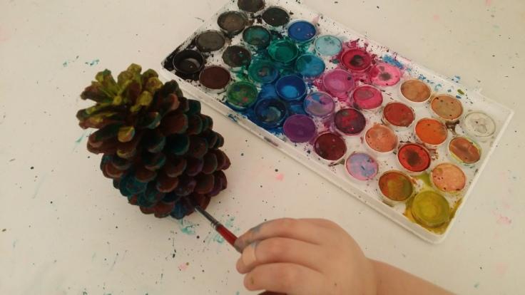 painting-pine-cones